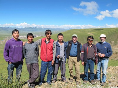 2010 Expedition team: Sichuan Province, Litang Xian, outside the city of Litang (in background)