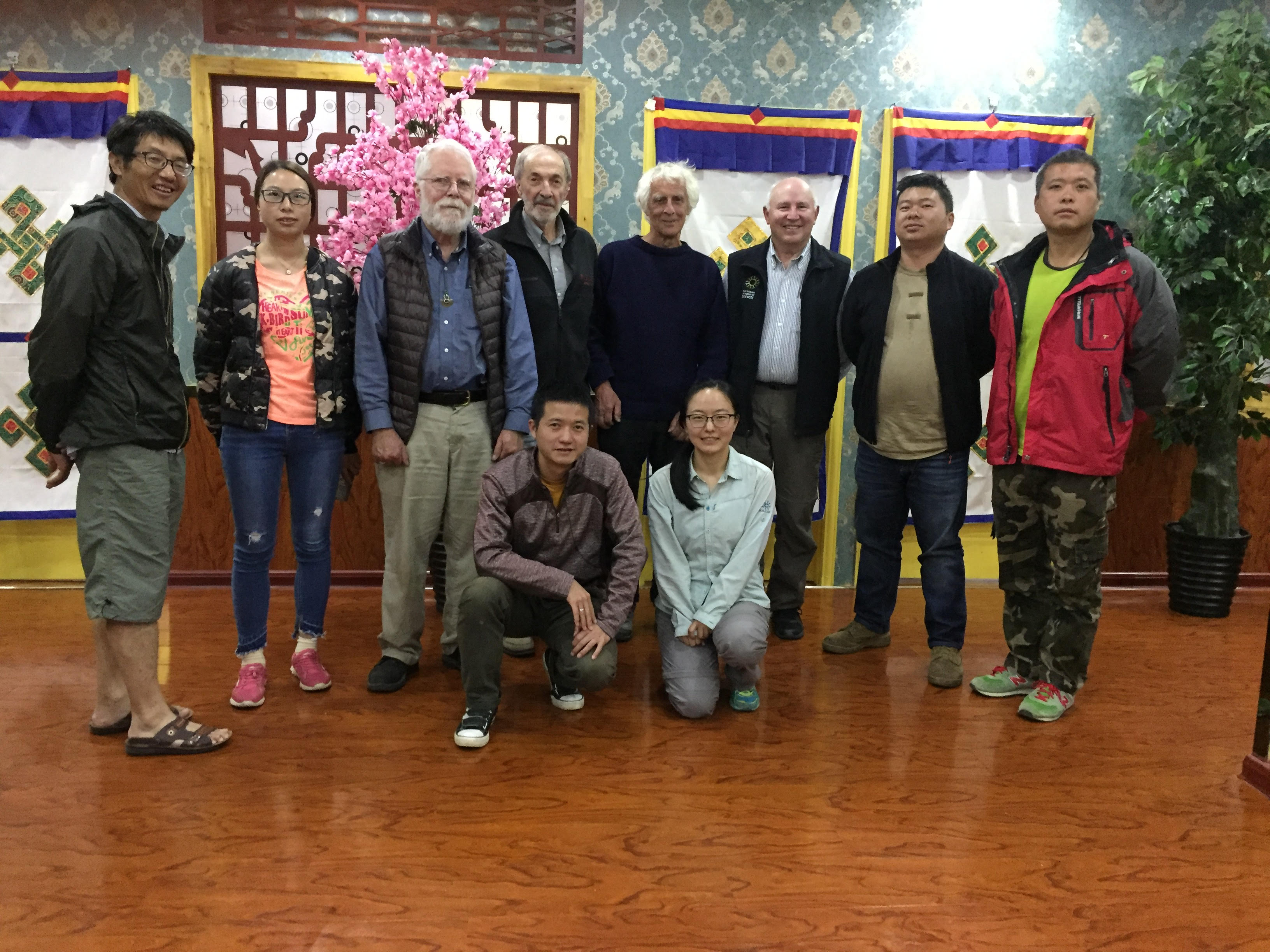 2018 Expedition team: Qinghai Province, at Tibetan restaurant in the city of Yushu (2018-08-17).